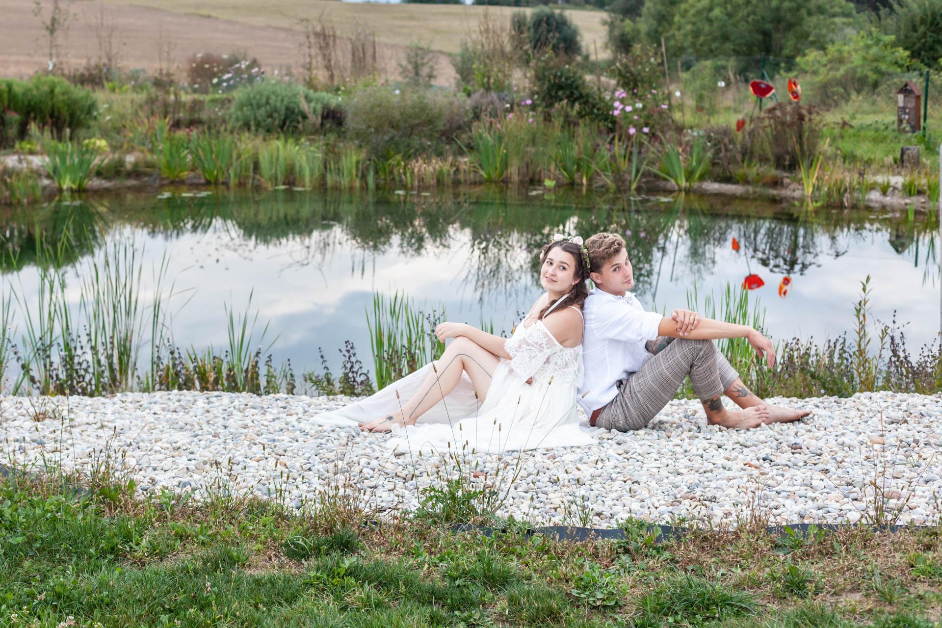 Svatba v přírodě - zahrada Anastazie Jižní Čechy - Káťa a Kuba